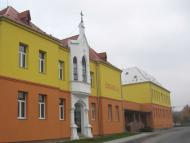 Základní škola Dlouhá Loučka: podpora výuky AJ.