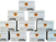 Děti našich zaměstnanců: Za dobré vysvědčení obdrželi děti krabici se zdravými nápoji.