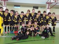 Florbalový tým FBC Uničov Black: finanční dar na nákup sportovních dresů